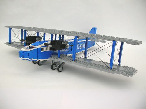 LEGO Handley Page W10 Hampstead
