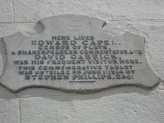 Photo of David Garrick and Edward Capell grey plaque