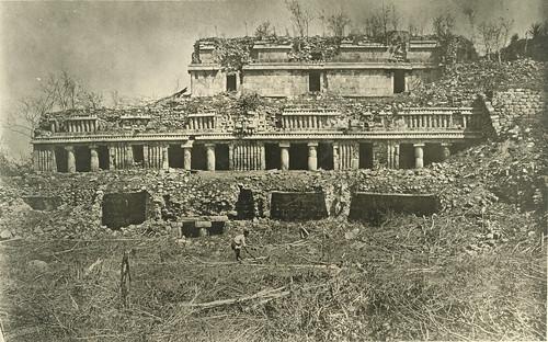 The Palace [El Palacio], Sayil