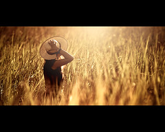 DSC_0004 (Nasey) Tags: cinema girl field grass hat ma nikon bokeh malaysia flare dslr cinematic terengganu marang d80 bunee mywinners platinumphoto ultimateshot sigma70200mmf28apo nasey nasirali sitiariza