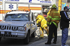 CAR_ACCIDENT_WOODST_KR_03 (Radder Photos) Tags: car photography downtown pittsburgh accident kris jawsoflife kristopher blvdoftheallies woodst radder kristopherradder radderphotos