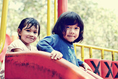 Edrieana & Fatin (nfirdas Abdllah  ) Tags: family girls shadow baby color colour girl playground kids children kid friend babies child play families gal friendly kiddo gals childs kiddies sillhoutte