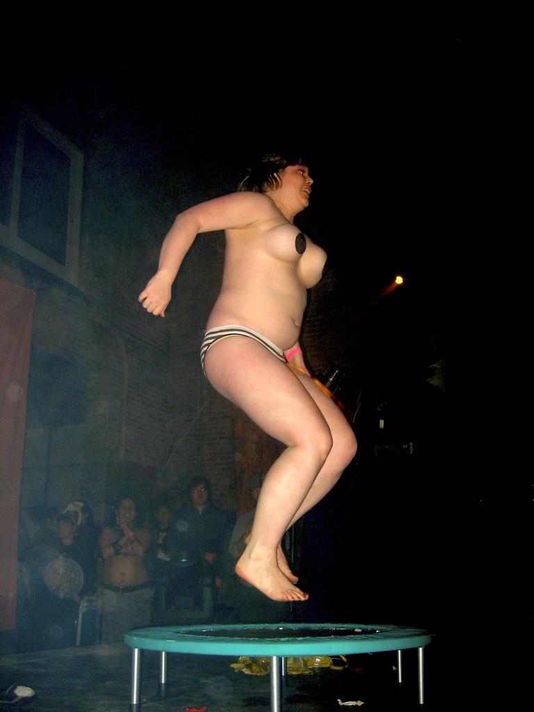 Nude women smoking pics-4104