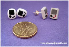 pendientes mini gb (SaMtRoNiKa) Tags: boy game crafts retro fimo gb sculpey nes earrings