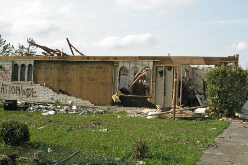 Mena Tornado 2009 49