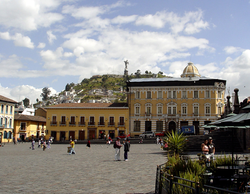 DSC00727 Plaza de San Francisco Quito Ecuador
