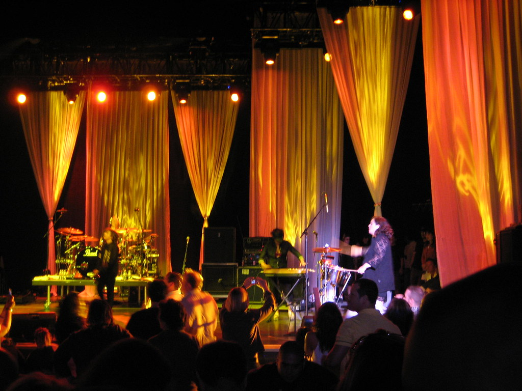 Cindy Lauper and voile stage curtains in Los Angeles