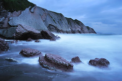 Itzurun 1 (jonlp) Tags: sea naturaleza beach nature landscape playa natura euskalherria basquecountry gipuzkoa zumaia hondartza itsasoa paisajea