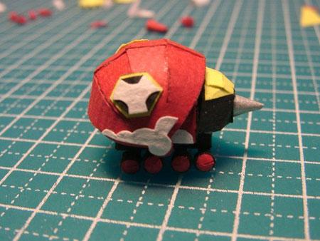 Armadillo-Rollin Papercraft 01