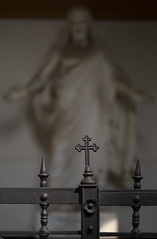Prague Cemetery (Xindaan) Tags: cemetery geotagged nikon europe republic czech prague prag praha tschechien czechrepublic 2009 d300 cze podol hlavnmstopraha praha5smchovstx hlavnmstopraha praha5smchovstx geo:lat=5006483160 geo:lon=1441832482