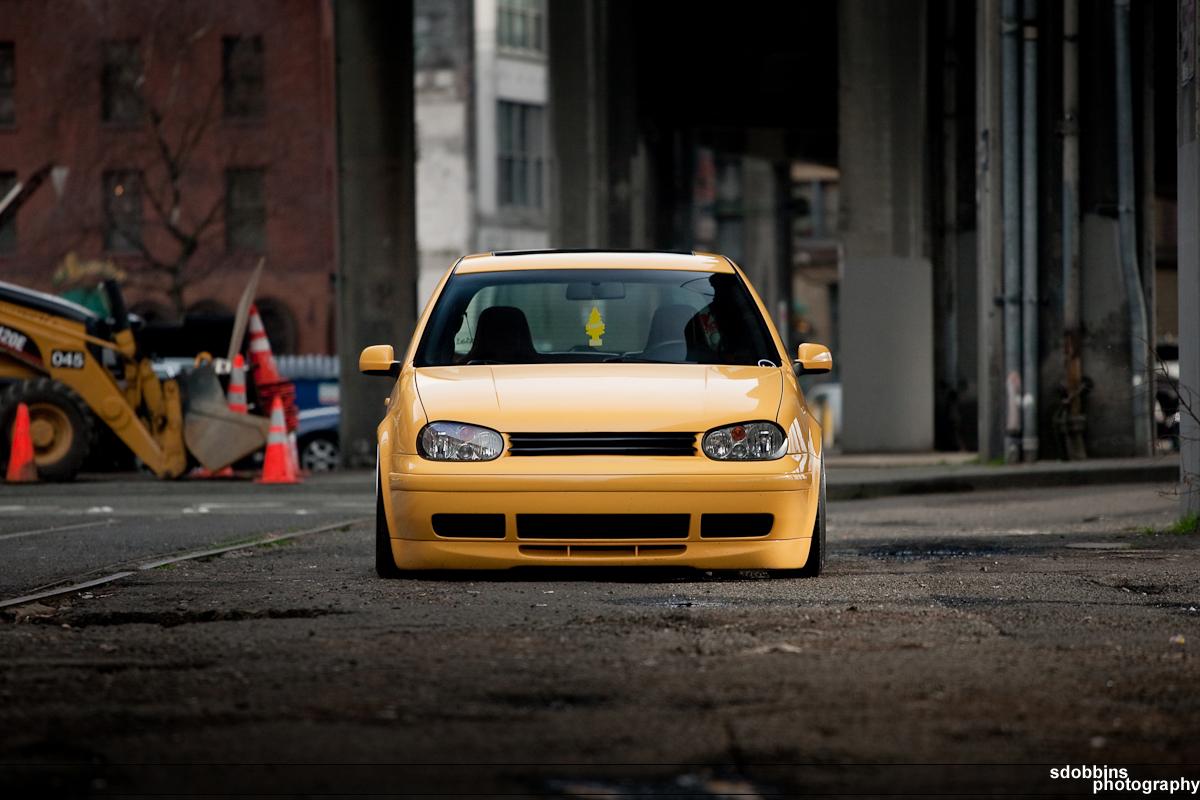 Travy's 2003 VW GTI 20th AE on