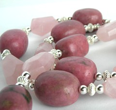 dark rhodonite matched here with rose quartz