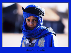 dmaro0032-kl (Rolf K. Wegst) Tags: travel blue portrait sahara child desert marocco marokko tuareg sahrouis