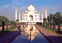 Indien  Agra Taj Mahal (doc.holiday41) Tags: trip india temple asia asien tajmahal agra viagem reflexions ferien indien ferias reise tempel grabmal blueribbonwinner vacationes bej abigfave