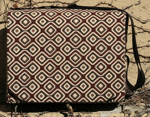 Geometric Messenger Bag Front