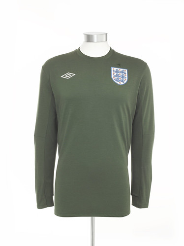 ab3833989 Goalkeeper England 19 20 Kit   Football Shirt History