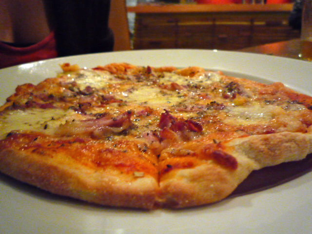 Cherry Tree pizza