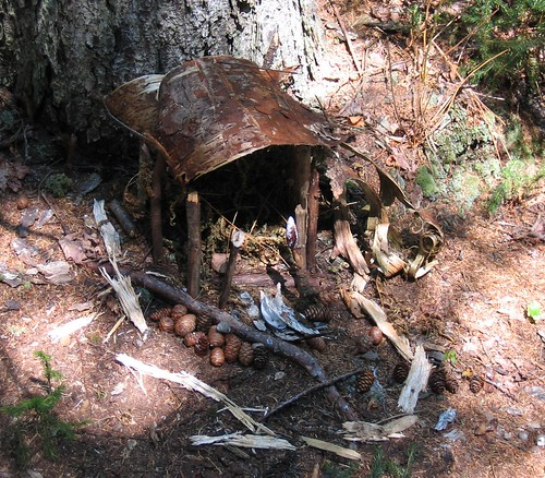 Click for 14 more Fairy House photos