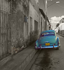 Follow the oil trail (steverichard) Tags: street old city blue houses bw color colour car azul vintage photo calle cuba ciudad pop bleu cables wires 1950s processing oil blau cuban kerb kuba select sanctispiritus treatment sancti cubano spiritus