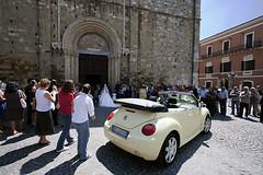 Beetle in a wedding scenario (Giuseppe Andrea) Tags: new wedding italy love church volkswagen ancient beetle medieval holy scenario duomo matrimonio abruzzo engaging atri