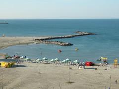CONSTANŢA - O după amiază însorită la plajă (Andra MB) Tags: sea mer see mare romania blacksea karadeniz deniz 2009 roumanie romanya rumänien mareaneagra dobrogea