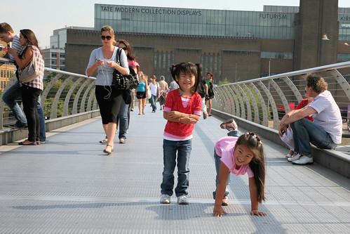 Maddy and Gwen on Millenium Bridge.jpg