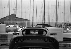 Yacht club (Snap Shooter jp) Tags: street leica blackandwhite bw film monochrome car japan club lotus kodak yacht snapshot rangefinder barrier mp 90mm kanagawa blackdiamond zushi trix400 leicateleelmarit90mmf28iii