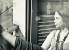 Na janela (MIRANDA, Bruno) Tags: woman window brasil pb janela par belm brunomiranda flviavalsani