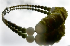 NECKLACE MADE FROM PEARLS AND YELLOW ROSES // HALSSIERAAD GEMAAKT VAN PARELS EN GELE ROZEN (Anne-Miek Bibbe) Tags: fashion yellow jaune necklace beads handmade oneofakind nederland jewelry jewellery giallo collar mode geel sieraad handwerk kralen ketting neckpiece bibbs collana handmadejewelry uniek bibber bibbe fauxpearls annemiekbibbe rubyphotographer handmadebyannemiek nepparels bibbsbeadsandbuttonswithbellson ambrozentuin annemagicdesign