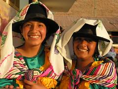 ANS163DSCN2960 (David Ducoin) Tags: portrait femme tradition fête sourire ayacucho école perou quechua marinera floklore cordillèredesandes