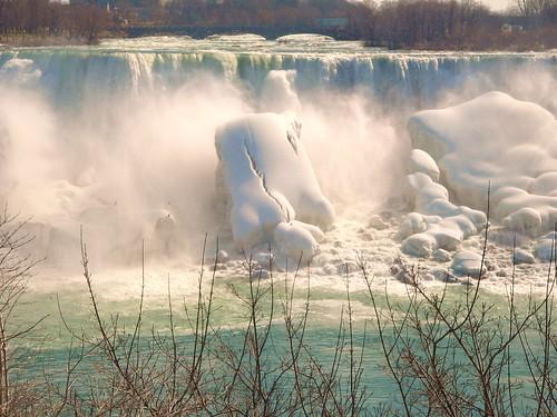 canada water waterfall niagara