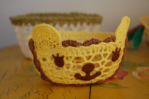 doily basket from daiso