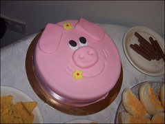 pig cake (Elysia in Wonderland) Tags: birthday pink flowers party cake sarah pig chocolate fingers crisps buns icing elysia fondant