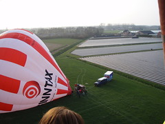P4050279 (mariobiemans) Tags: ballon april 2009 varen