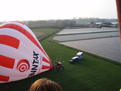P4050279 (mariobiemans) Tags: ballon april 2009 varen