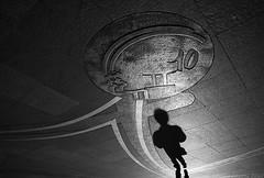 Lucky star (Laurent Filoche) Tags: france nikon contest streetphotography toulouse capitole notcropped bonzography sfrjeunestalents laurat streetportfolio mapphoto festivaldelaphotographie