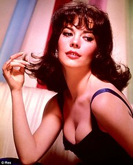 Natalie Wood as Rose Lee in Gypsy in 1962 (cinema_lasuperlativ2) Tags: musical gypsy 1962 nataliewood classicmovie classiccinema cinemalasuperlativ