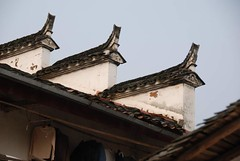 Roof 徽式建築 (MelindaChan ^..^) Tags: china roof countryside village chinese mel melinda oldbuilding wuyuan jiangxi 江西 婺源 chanmelmel 徽式建築 melindachan