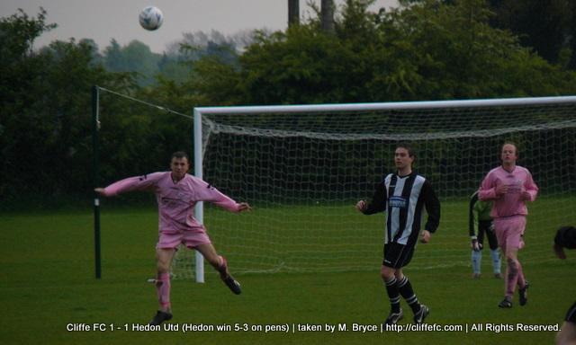 Cliffe FC vs Hedon United 30Apr09
