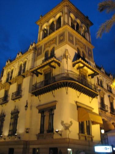 Sepa dónde alojarse en Sevilla