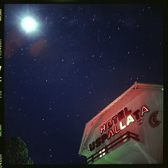 (.agusto.) Tags: moon color night mediumformat starts