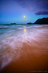 Waimanalo Beach Moonrise (Rex Maximilian) Tags: ocean sea sky lighthouse beach clouds hawaii waves oahu fullmoon moonrise shore waimanalo windward rabbitisland makapuupoint mananaisland makapuôupoint