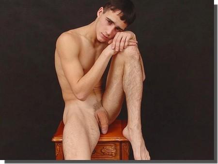Hommes nus, Erections Bites et Phallus Ref.4:53:57 dans Photos erotiques hommes