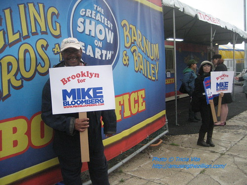 Electioneering at the Circus. Photo © Tricia Vita/me-myself-i via flickr