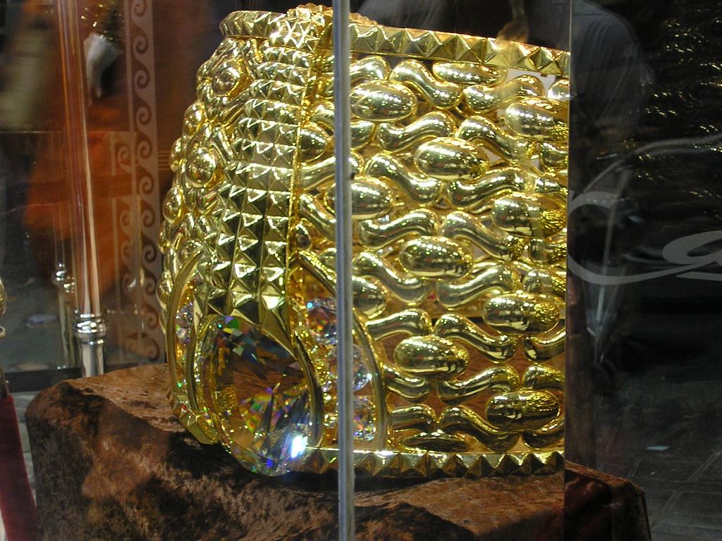 Najmat Taiba - World's heaviest gold ring