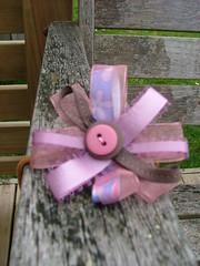 Ribbon and button ponyholder (Pretty Treasures for gorgeous girls) Tags: handmade etsy madeit helen21 dwanda etsydust