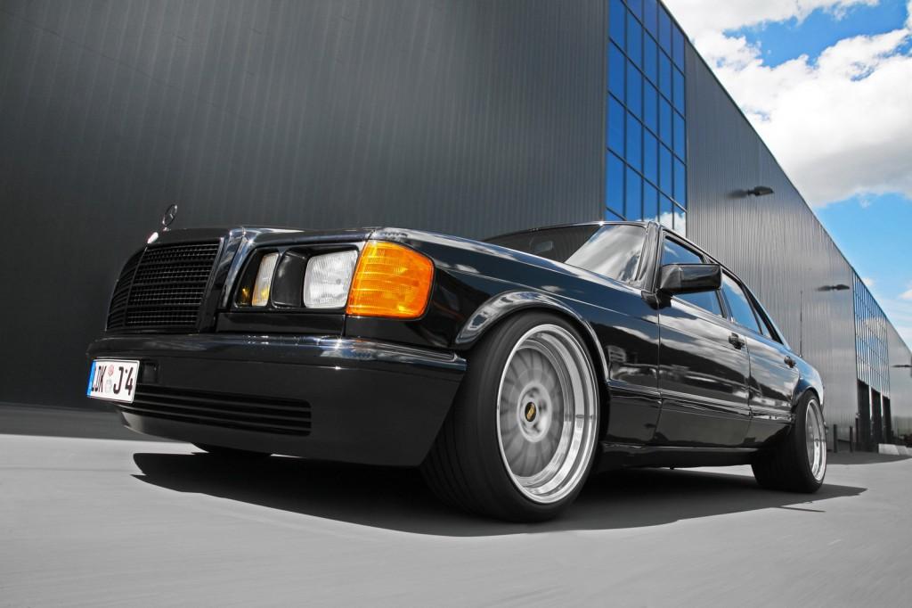 Mercedes W126 (the Queen) 3881373742_51ab6e9fce_o