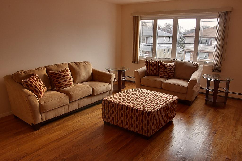 Furniture set (07037)