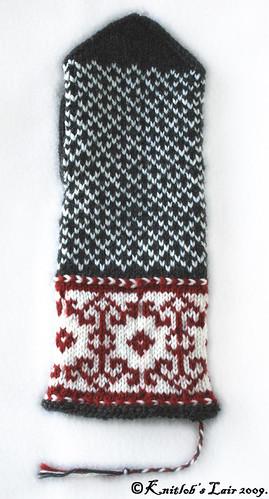 karelia embroidery mittens 2sm