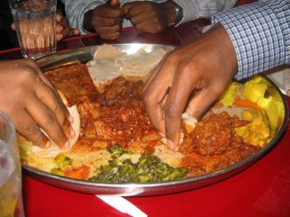 eating ethiopian food